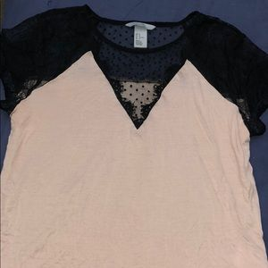 Medium H&M V Neck Shirt with Lace